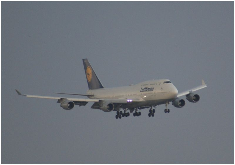747 aterrizando