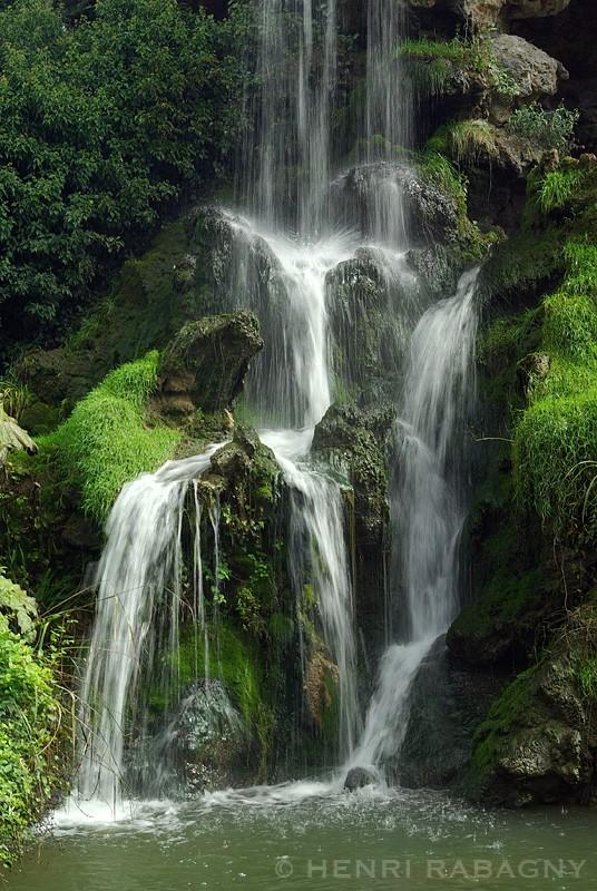 Cascade du Parc de Bagatelle