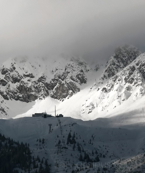 upper terminus / nordkette / innsbruck