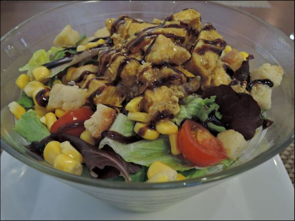 Curry Chicken Nugget  Salad
