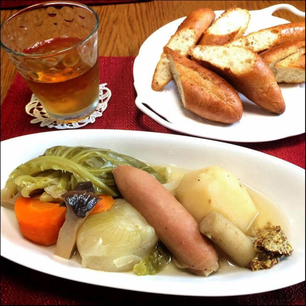 Pot-au-Feu & Garlic Bread