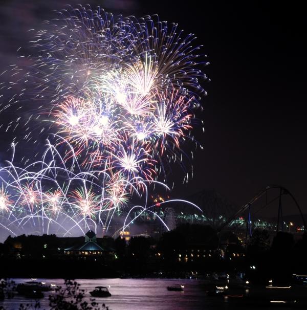 Montreal's Fireworks (La Ronde)