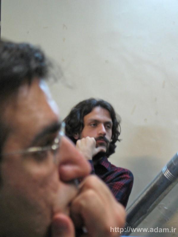 پناه فرهاد بهمن و حمید سیدی
