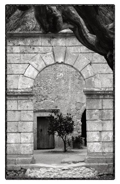 monastery door krete arkadi