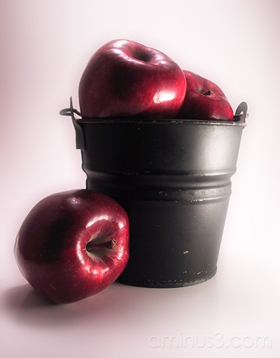 Red Apples I