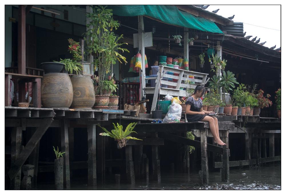ipod canal bangkok girl