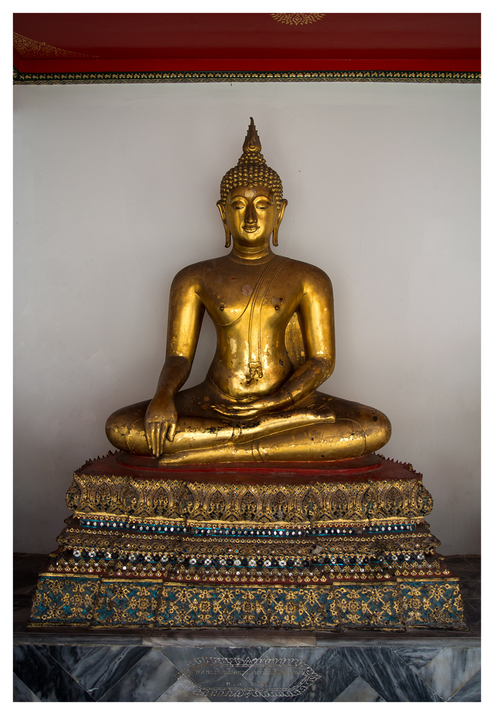 buddha gold statue bangkok religion