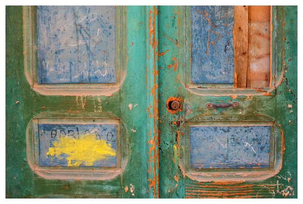 colourful door paint sousse tunisia