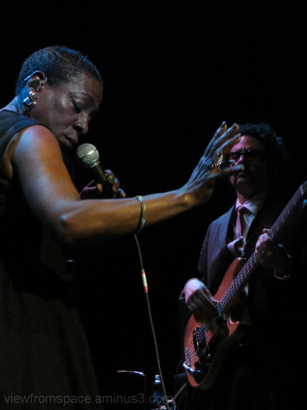 miss sharon jones music live performance winnipeg