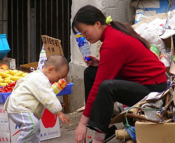 Mother vendor with child