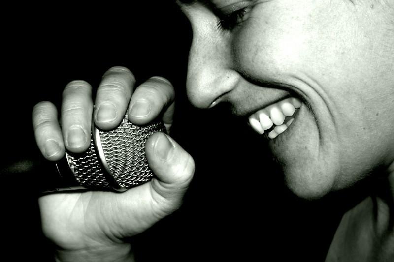 Carmen singing