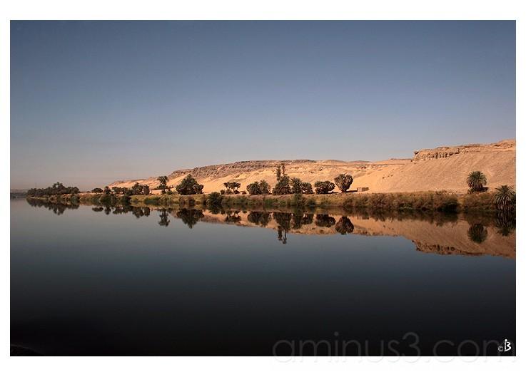 Le Nil calme et lisse ...