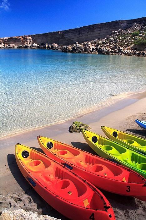 canoe, paradize bay, malta