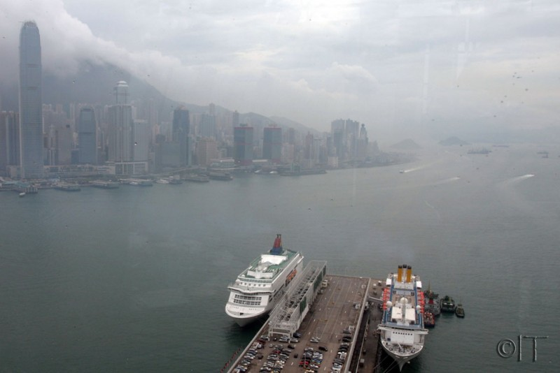 Hong Kong. Cruise ships.