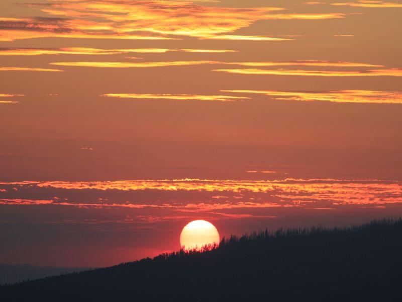 Die Sonne so rot