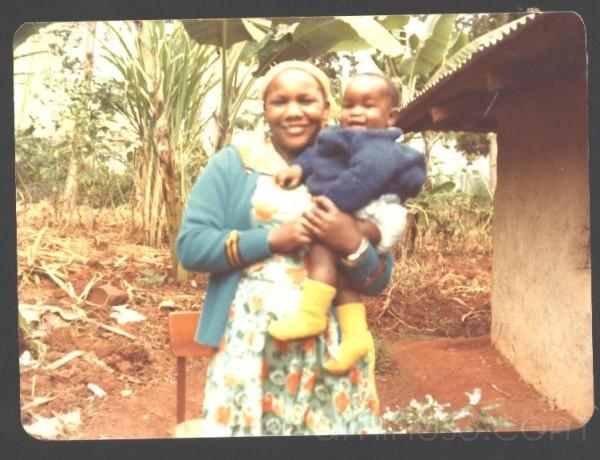 My Aunt Rũnjĩ and I.