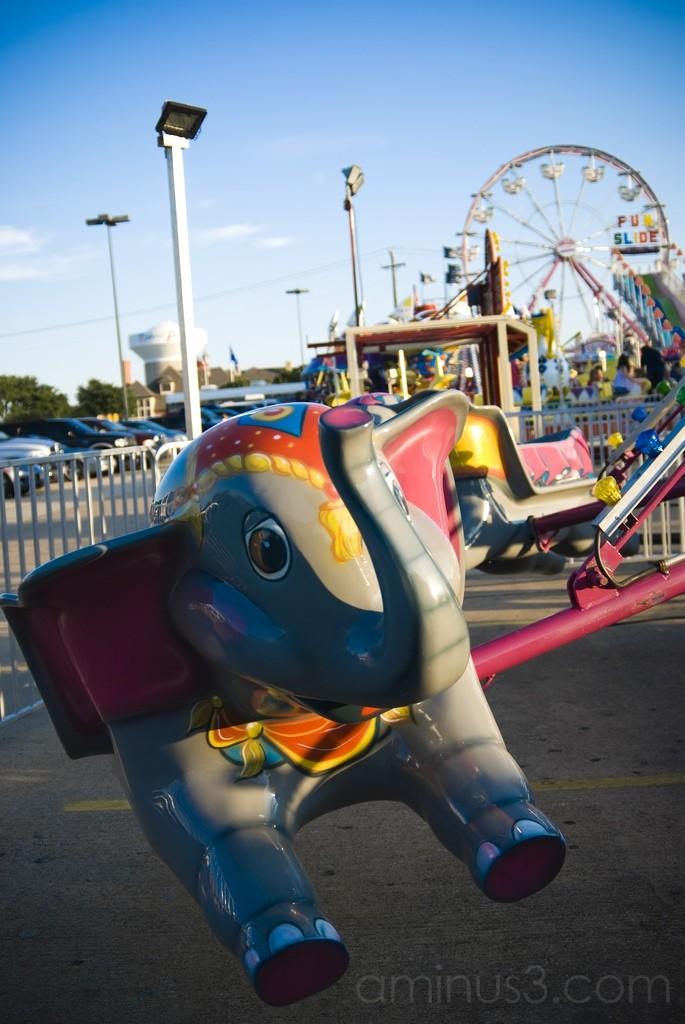 Fair: Elephant