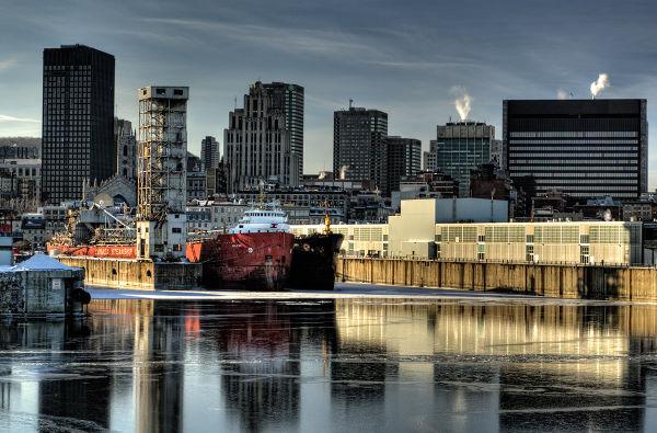 De l'autre côté du vieux port