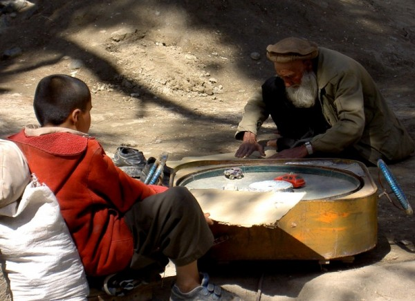kabul strett scene