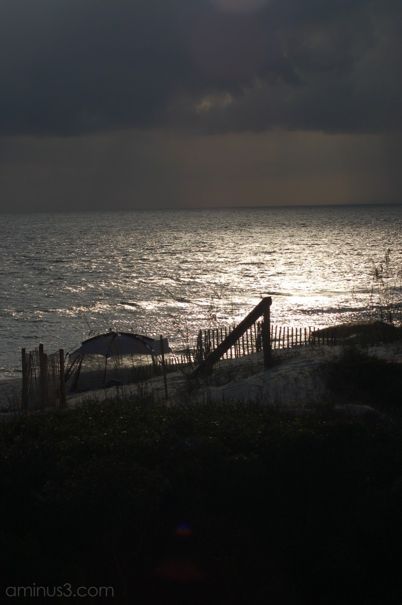 A dramatic Gulf waterscape