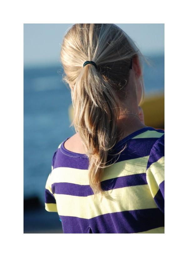 Striped ponytail