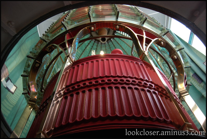 CA Pt.Reyes lighthouse inside