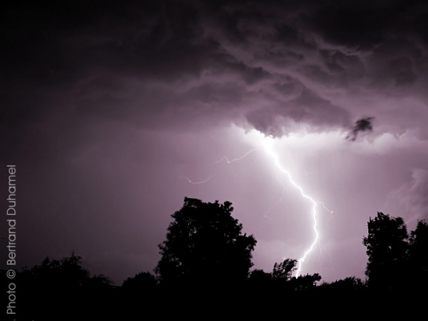 granby sous l'orage - thunderstorm over granby