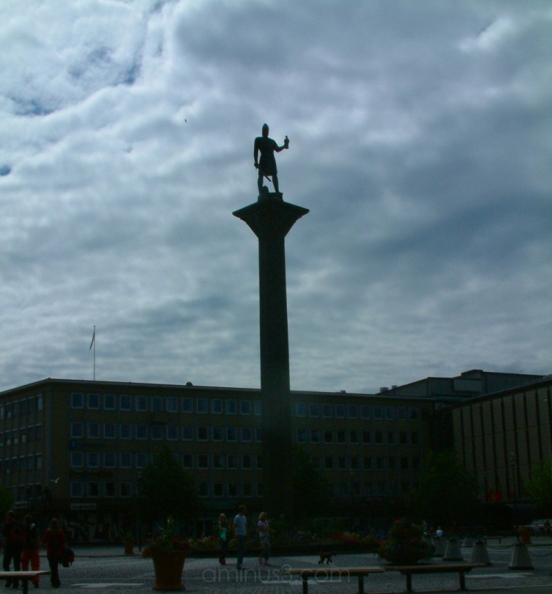 Statue  of Olav Trygvasson who founded Trondheim