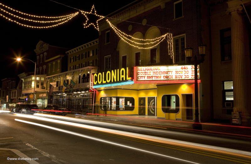 phoenixville colonial theatre traffic night street