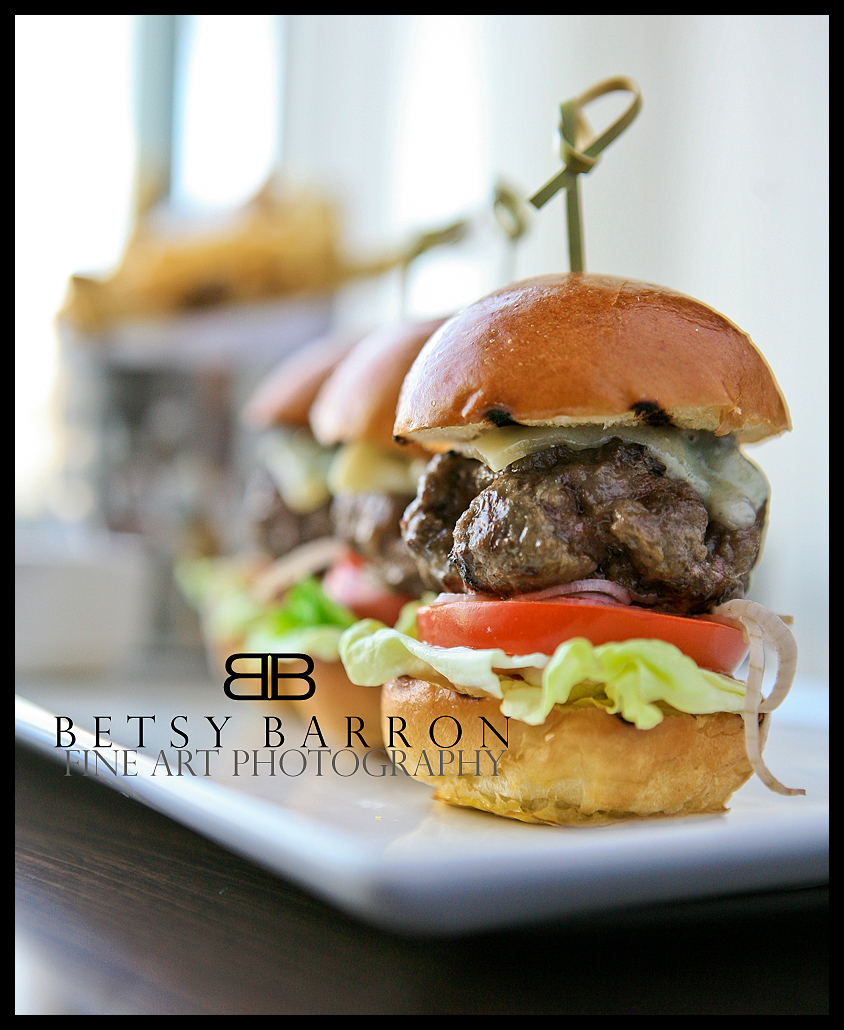food, burger, hamburger, slider, restaurant, cuisi