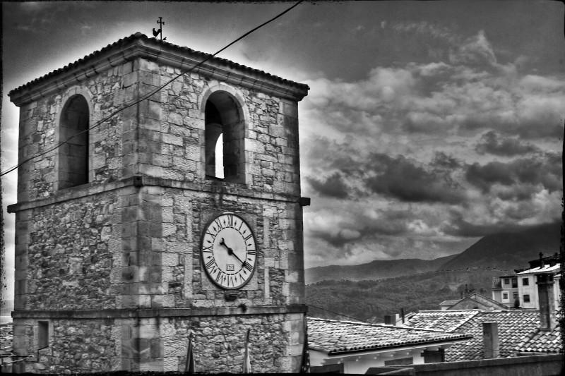 Reloj (Lastres)