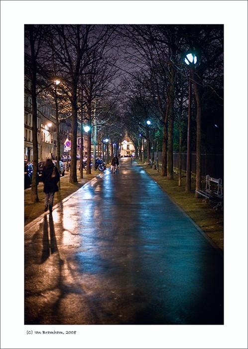 Le Square Des Batignolles, Paris