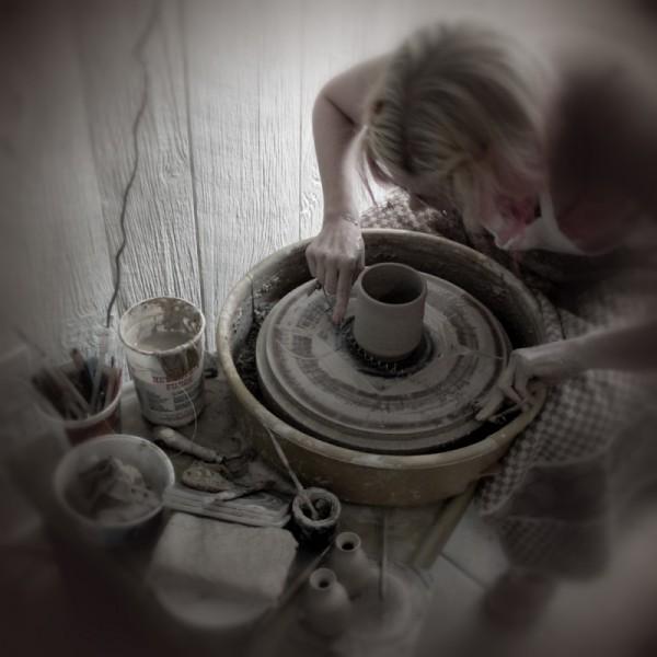 Wheel throwing pottery ceramics