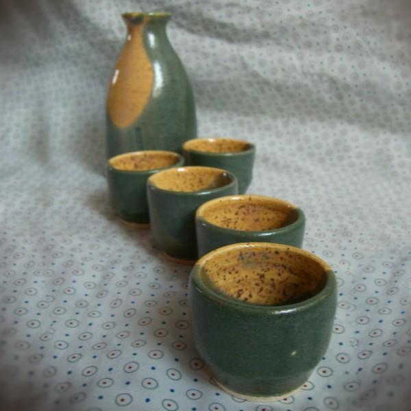 sake set ceramics pottery wheel-thrown