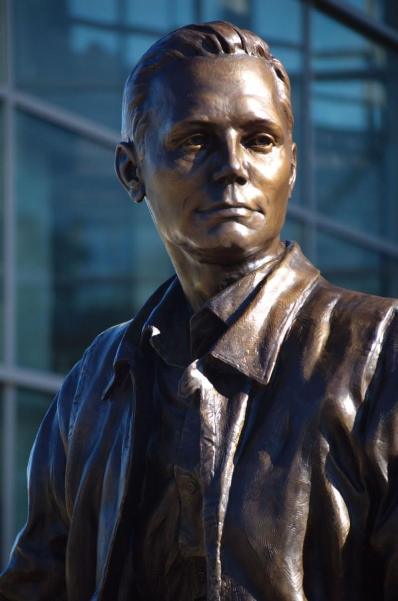 Neil Armstrong - People & Portrait Photos - Solaris ...