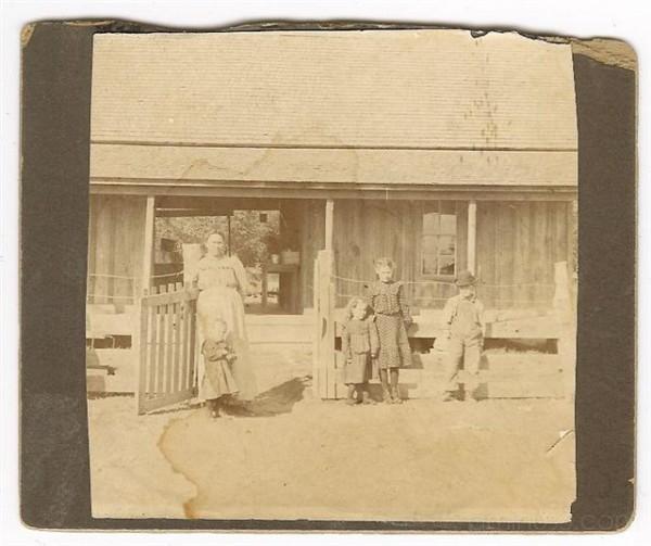 Robert Everett Family circa 1920