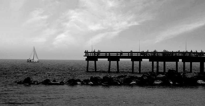 B&amp;W Pier