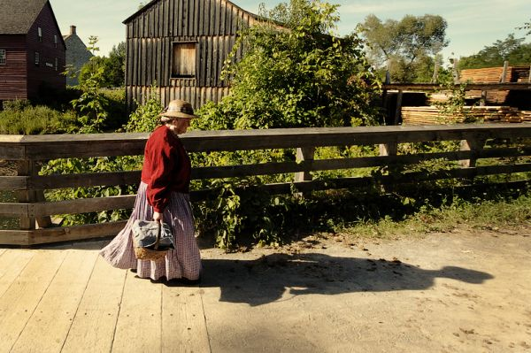 Trip to 1860: Basket Carrying Lady