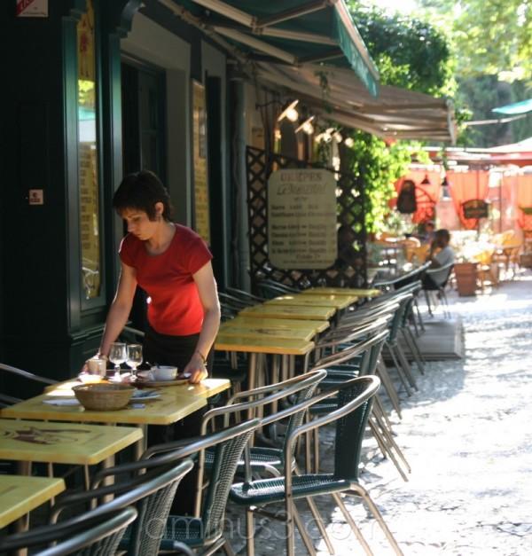 waitress, working, france