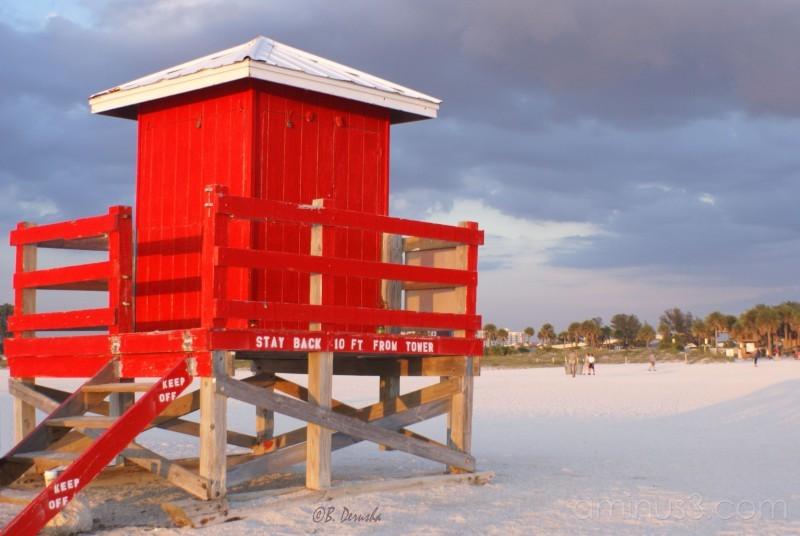lifeguard beach hut sand key beach florida