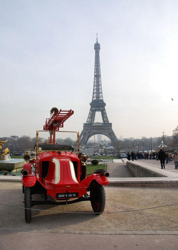 Paris,Trocadero,voiture,pompier