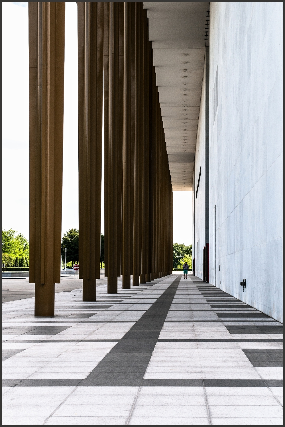 Supporting pillars Kennedy Center DC