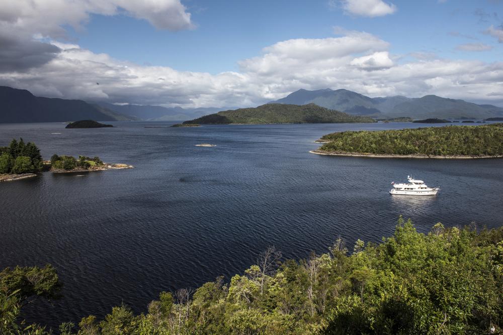 Puerto Aguirre Isla Las Huiches Aysen Chile