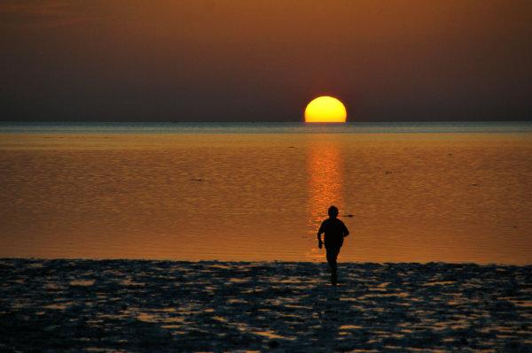 Running to the sun...