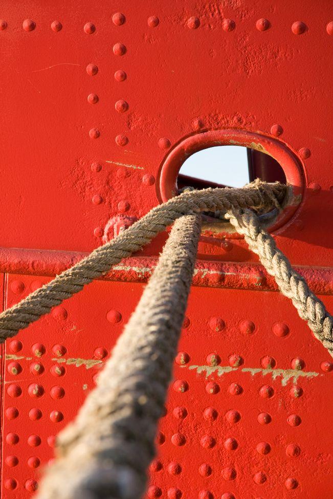 Ship ropes