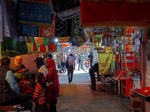 nizamuddin market