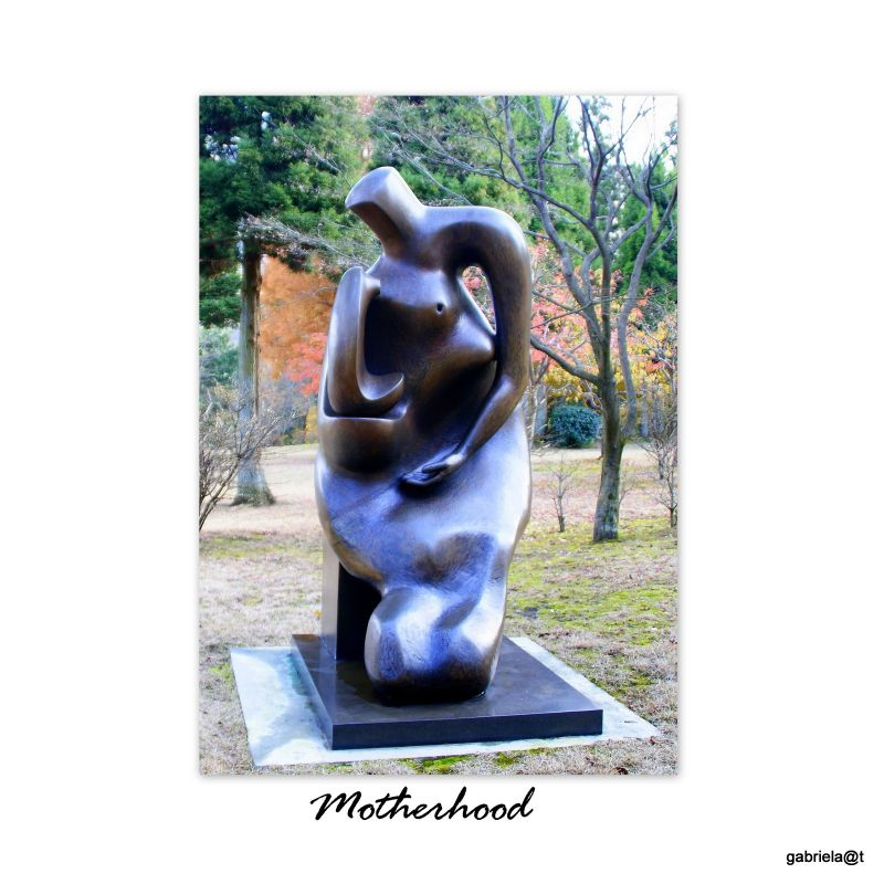 Mother and Child, sculpture by Henry Moore