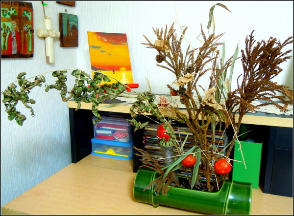 Ikebana with the colours of winter