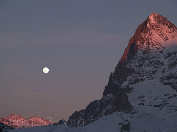 Moon rise over Eiger
