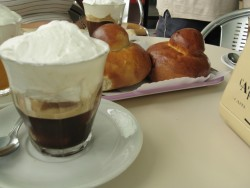 coffee water-ice with brioches